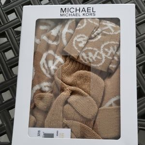 Brand New WOT Michael Kors  Scarf & Hat & Gloves